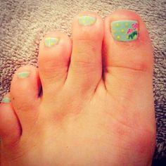 Classy Nails!! #atx #cnd #classynails #flowerpower #easter #gemininailsandmakeup #gelnailart #nailart #nailporn #summernailart #toenailart #floralprint