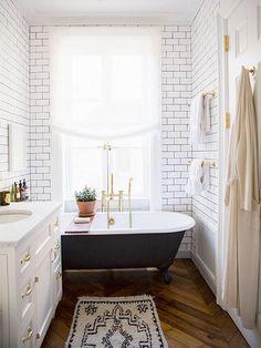 3 tendances phares pour la salle de bain. On aime particulièrement la tuile metro!
