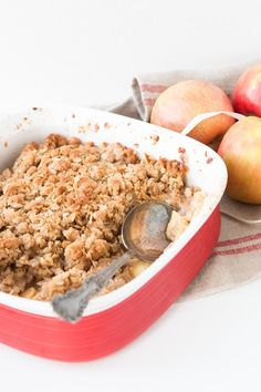 Oh my gosh, it's the best apple crisp I've ever had! ohsweetbasil.com