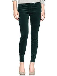 These dark green corduroy legging jeans from GAP would be such a beautiful pop of color once the leaves have turned to burnt orange, golden yellow, and deep red.  Complete them with a pair of brown boots, a cute peacoat, and a chunky scarf.