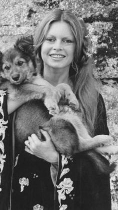"The Stars, life and beauty: Brigitte Bardot on the set of ""The Edifying and Joyous Story of Colinot"" Brigitte Bardot, Bridget Bardot, Patti Hansen, Animal Activist, French Actress, Old Hollywood, Hollywood Fashion, Hollywood Glamour, Hollywood Actresses"