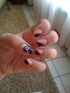 Flyers nails! Hell ya I know what I'm getting next time I get my nails done.