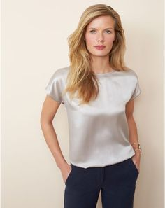The silk satin t-shirt – A fluid shape in stunning silk satin that is super easy to wear Source by Blouse Sexy, Blouse Outfit, Satin Top, Silk Satin, Silk Top, Silk T Shirt, Satin Shirt, Satin Blouses, Latest Fashion Trends