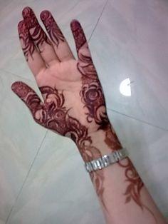 Mehndi designs on Pinterest | Mehndi, Henna and Mehandi Designs