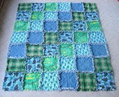 "How to Make a Rag Quilt.  I plan on making a ""Flag"" quilt like this one."