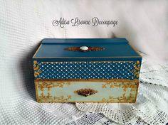 Vintage jewlery decoupage box Adisa Decoupage