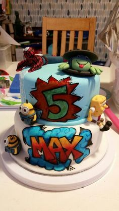 5 year old boys favourite things cake
