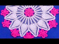 Como Tejer Carpeta Ovalada o Centro de Mesa a crochet paso a paso parte 1/3 - YouTube Crochet Mandala, Crochet Tablecloth, Quilling Art, Crochet Crafts, Doilies, Crochet Earrings, Centerpieces, Projects To Try, Youtube