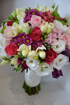 Follow us @SIGNATUREBRIDE on Instagram and Twitter and on FACEBOOK @ SIGNATURE BRIDE MAGAZINE Beautiful Bouquet Of Flowers, Prom Flowers, Flower Bouquet Wedding, Floral Wedding, Beautiful Flowers, Bride Bouquets, Floral Bouquets, Flower Vases, Flower Decorations