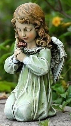 "Angel Girl Kneeling Garden Statue - 12""H - Stone"