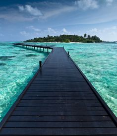 The Maldives  (7/6/2013) Architecture: Structure: Walkways (CTS)
