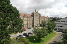 Swansea Metropolitan University came into being in 2008 following Swansea Institute's bid to become a university, putting Swansea on a par with the big league university cities and towns of London, Manchester and Leeds who also have metropolitan universities.