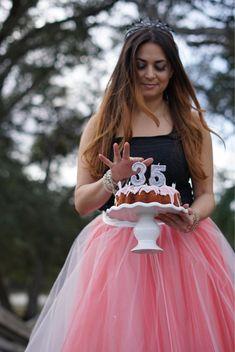 Birthday photo shoot. 💕👑 #magical #confetti #birthdaywishes #tutu #princess #tiara #crown #birthdayphotoshoot #birthdaybehavior #photooftheday #photograph #glitter #sparkle #glow #glam #shine #prettyinpink #gorgeous #glamorous #birthdayglam #girlsjustwannahavefun #diamonds