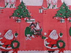 NEW VTG GIBSON CHRISTMAS SANTA REINDEER TOYS RED GINGHAM WAFFLE PAPER TABLECLOTH