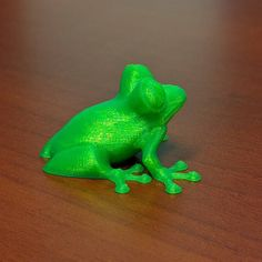 An awesome Virtual Reality pic! What's your bling!? Yesterday we had the pleasure to visit the new learning center Technology Win in Brandon. We had a blast checking out their drone their 3D printer and their educational virtual reality. Love this frog they gave me! We hope to work with them more in the future!  #stemexposure #stem #frog #tiny #teacher  #tech #technology  #3dprinting #drones #virtualreality #technologywin #innovation #picoftheday #petsofinstagram #green #edtech #edutainment…