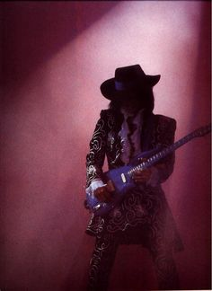 Classic Prince | 1988 Lovesexy Tour playing 'The Blue Angel' Cloud Guitar! (Looks like he's paying tribute to SRV-QB)