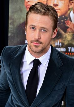 11 Sexy Photos of Ryan Gosling <3