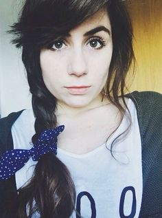 Dodie Clark is absolutely beautiful