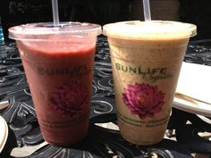Sunlife Organics - Malibu, CA Wolverine Smoothie 1 Banana 3 tbs Almond butter 2 Dates 1 tbs Maca 2 tbs raw cacao nibs 1 tsp coconut manna 1/2 tsp bee pollen 1/2 tsp Royal jelly 1 cup almond milk 1 cup ice cubes