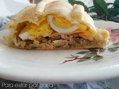 Kulibiak. Empanada de salmón, huevo, champiñones y arroz