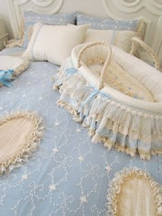 Today I finished making this lace bed cover. Baby Doll Bed, Doll Beds, Baby Bedroom, Baby Boy Rooms, Baby Basinets, Lace Bedding, Princess Nursery, Homemade Home Decor, Moses Basket