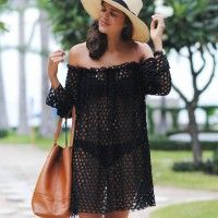 Being on holidays inspires in my all sorts of fun and summery DIYs. As you may have noticed, I'm currently loving all things off the shoulder, and what's more relaxed and beach to bar-ish than a piece that works both as a cover up and a dress? Ok so to be honest, without any lining this...
