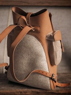 Felt and leather backpack on Behance Leather Bag Design, Leather Bag Pattern, Small Leather Bag, Black Leather Bags, Canvas Leather, Best Leather Backpack, Leather Wallet, Leather Workshop, Handbags For Men