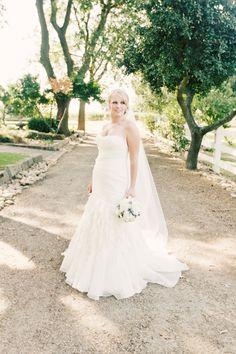 Mon amie brides on pinterest brides salons and platinum for Mon amie wedding dresses