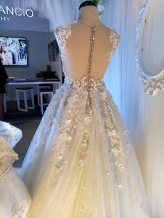 Tyrone An Couture Bridal Gowns, Wedding Gowns, Lace Wedding, Debut Gowns, Wedding Fair, Prom Dresses, Formal Dresses, Backless, Couture