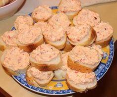Budapešťská pomazánka - Príma receptář.cz Slovak Recipes, Czech Recipes, European Dishes, Yummy Treats, Yummy Food, Sandwich Fillings, Sweet And Salty, Food 52, Party Snacks
