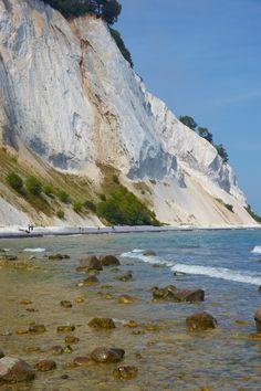 Imposante krijtrotsen op het eiland Mon. #Denemarken #autorondreis