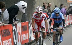 Gallery 2013: Through the lens of Roberto Bettini - The panda that became so famous after Liège-Bastogne-Liège jumps the fence