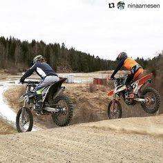 Riding with friends! -> #Repost @ninaarnesen Imorgon kör jag sista vintercupen i Tibro självklart med min vapendragare @matildanordh26  #mxgirl#gbglackcenter#dwbtoftshit#husqvarna