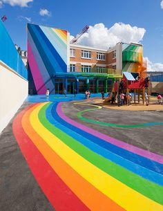 L'école maternelle et primaire Pajol située dans le 18ème arrondissement de Paris.