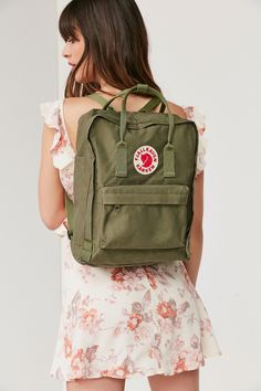 Shop Fjallraven Kanken Backpack at Urban Outfitters today. We carry all the latest styles, colors and brands for you to choose from right here. Mochila Kanken, Kanken Backpack, Backpack Bags, Hard Wear, Black Backpack, Urban Outfitters, Eagle Outfitters, School Backpacks, Casual