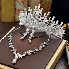 Cute Jewelry, Hair Jewelry, Magical Jewelry, Etsy Earrings, Clip Earrings, Pendant Earrings, Crystal Rose, Bridal Tiara, Wedding Jewelry Sets