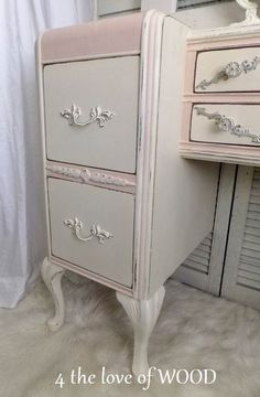 4 the love of wood: HOW TO MAKE A FRENCH VANITY