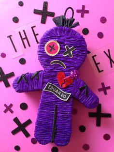 The Hex Doll / Anti San Valentines Day / Voodoo Doll / I hate valentines day / Party Ideas / Muñeco Vudu / Fiesta de San Valentin/ piñata
