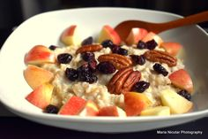 10 idei de mic-dejun bogat in fibre si proteine – Jurnal optimist de parenting neconditionat Fruit Salad, Food Art, Oatmeal, Vitamins, Health Fitness, Healthy Recipes, Foods, Breakfast, Fine Dining
