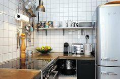 Johanna, Author at Kotilo - Sivu Warm Kitchen, Kitchen Dining, Residential Interior Design, Home Interior Design, Interior Inspiration, Kitchen Inspiration, Kitchen Ideas, Dining Area, Dining Rooms