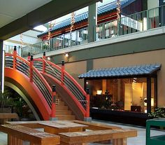 Drum bridge in Japan Center Mall