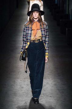 Gucci Automne/Hiver 2016, Womenswear - Défilés (#24605)