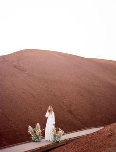 Bridal, wedding, and engagement photo inspiration at Oregon's Painted Hills desert landscape. Destination Wedding Locations, Honeymoon Destinations, Engagement Photo Inspiration, Wedding Inspiration, Engagement Couple, Engagement Photos, Painted Hills, Boho Wedding Dress, Wedding Dresses