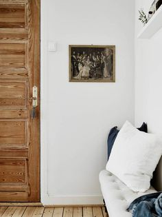 like the floors and the door A TINY STUDIO APARTMENT WITH TOUCHES OF BLUE | THE STYLE FILES
