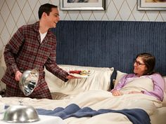 Photos - The Big Bang Theory - Season 12 - Promotional Episode Photos - Episode - The Conjugal Configuration - Howard Wolowitz, Amy Farrah Fowler, Johnny Galecki, Jim Parsons, William Shatner, Kaley Cuoco, Sarah Michelle Gellar, The Big Bang Theory, Science Fiction