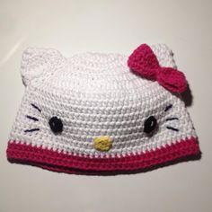 Crochet and Other Stuff: Hello Kitty Hat - free crochet pattern, #haken, gratis patroon (Engels), muts, #haakpatroon