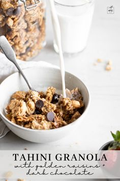 This homemade tahini granola recipe has a mix of chewy, crunchy textures and a big sesame flavor. The baked granola clusters are filled with oats, coconut flakes, cashews, and seeds, then tossed together with dark chocolate and golden raisins. Learn how to make this recipe for your next breakfast! #breakfast #bakedgranola #oats Granola Clusters, Homemade Tahini, Artisan Pizza, Golden Raisins, Fun Baking Recipes, Gluten Free Chocolate, Spring Recipes, Fruit Smoothies, Breakfast Recipes