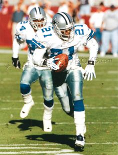"""Deion """"Primetime"""" Sanders couldn't take a hit but could catch and move like no other"""