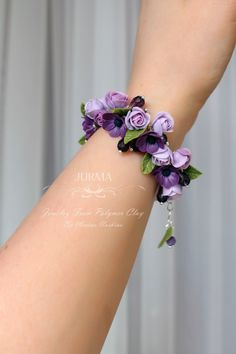 Marina Nurkina – Hobbies paining body for kids and adult Cute Polymer Clay, Polymer Clay Flowers, Polymer Clay Crafts, Diy Clay, Polymer Clay Jewelry, Flower Bracelet, Flower Jewelry, Cute Bracelets, Clay Tutorials
