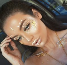 #Festival #Coachella #Makeup Vibez  @stephanieabsher| Be Inspirational ❥|Mz. Manerz: Being well dressed is a beautiful form of confidence, happiness & politeness